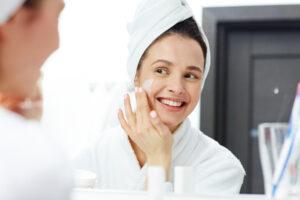 Rotina de beleza: nutrientes e alimentos que ajudam nos cuidados com a pele